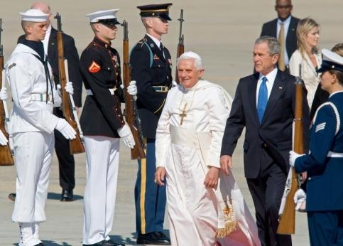 C'est la première visite aux Etats-Unis de Benoît XVI depuis son élection il y a trois ans et la 9e visite d'un souverain pontife outre-Atlantique.