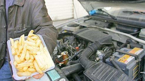 Des préparations alimentaires auraient été conçues avec une dose d'huile de moteur mélangée à de l'huile de tournesol classique.