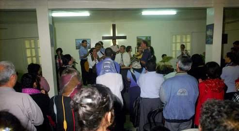 Mariage de chrétiens algériens, en 2001, à Tizi-Ouzou. Aujourd'hui, les nouveaux convertis doivent vivre leur foi dans la clandestinité.