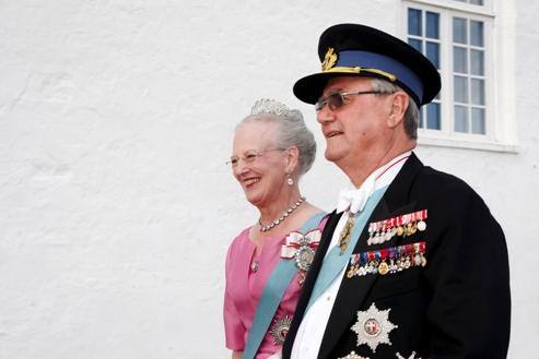 La reine Margrethe du Danemark et son mari d'origine française le prince consort Henrik (AP Photo / Jens Dige, POLFOTO).