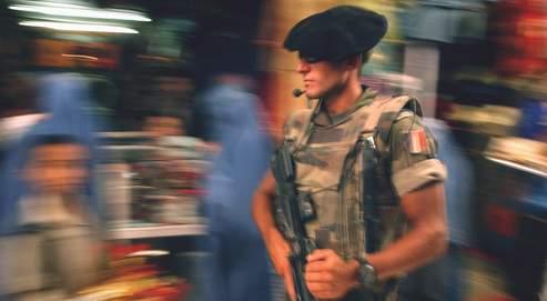 Une démission qui renforceles inquiétudes de l'armée