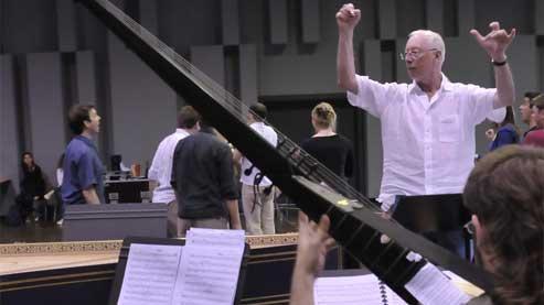 Christie initie trente jeunes musiciens à Purcell
