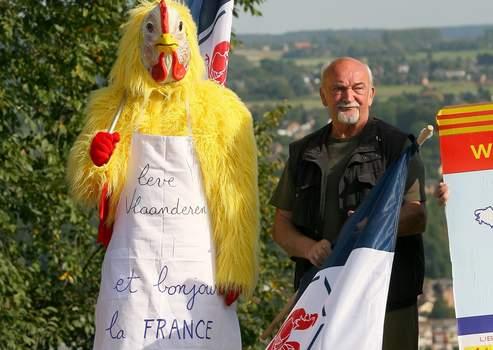 Une manifestation du parti RWF qui milite pour le rattachement de la Wallonie à la France, en septembre 2007.