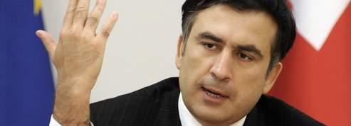 Mikhaïl Saakachvili : « Moscou a décidé de se mesurer à l'Otan »<br/>