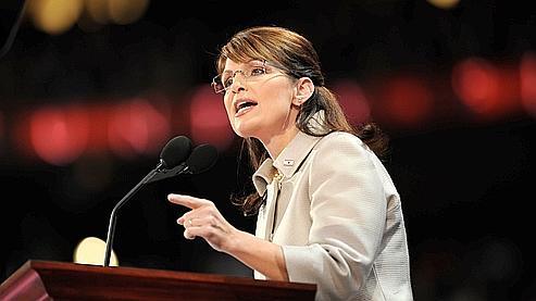 Sarah Palin a attaqué de front et sans ménagement le candidat démocrate Barack Obama.