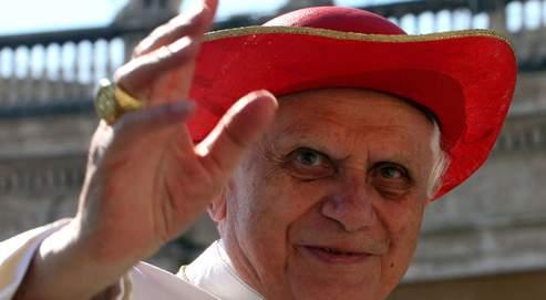 Benoît XVI entame aujourd'hui son dixième voyage le premier en France depuis son élection à la tête de l'Église catholique, le 19 avril 2005.