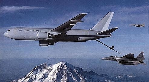 Les USA ont refusé de fournir des Boeing 767 conçus pour le ravitaillement en vol, ainsi que des bombes antibunkers capables de percer le béton des centrales iraniennes (ici Busherh dans le golfe Persique).