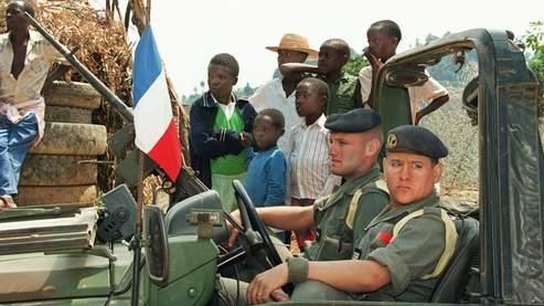 Des militaires français le 26 juin 1994 au Rwanda.