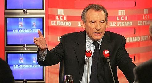 «Si on refuse de se rassembler, c'est Sarkozy pour dix ans», a prévenu François Bayrou.