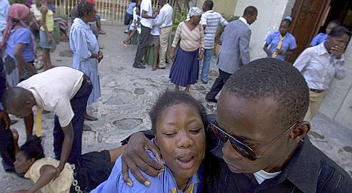 Le Figaro: Sous perfusion alimentaire, Haïti sombre dans le chaos 24ed40a2-b4d1-11dd-812b-ee544389528f