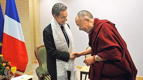 Rencontre historique entre Sarkozy et le dalaï-lama