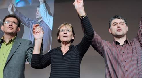 Marie-George Buffet (ici avec Pierre Laurent, directeur de la rédaction du quotidien L'Humanité ) a été reconduite dimanche pour un quatrième mandat avec 67,72% des voix.
