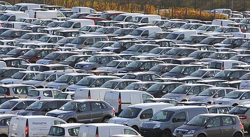 L'État va venir en aide à Renault et Peugeot