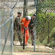 Quelque 245 terroristes présumés sont toujours détenus dans ce centre ouvert en 2002, après les attentats du 11 septembre 2001. (AP)