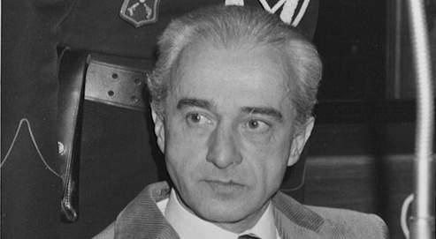 Fils d'un garde-chasse de châtelain, Nestor Pirotte fera siens les codes de la riche aristocratie qu'il fréquente enfant. Adulte, il s'emploie à obtenir cette opulence qui le fascine. S'attribuant des origines nobles, il se fait voleur avant de devenir tueur en série. Condamné à mort en 1955, interné psychiatrique, élargi, récidiviste puis évadé, il retourne en prison en 1981 après un ultime meurtre. À sa mort, en 2000, ce criminel honni par tout un pays sera enterré dans l'anonymat.