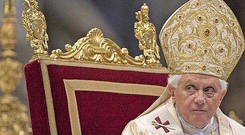 Benoît XVI a contre-attaqué, mercredi, exigeant de Mgr Richard Williamson qu'il revienne sur ses positions négationnistes sur la Shoah «de façon absolument non équivoque et publique».