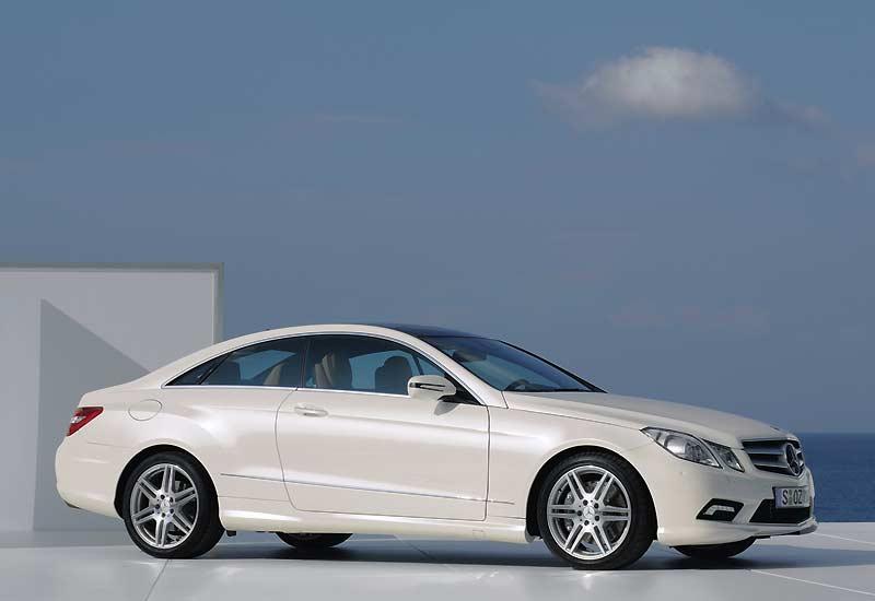 Le remplaçant du Mercedes CLK, sera ce coupé dérivé de la nouvelle Classe E.