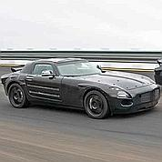mercedes sls amg le retour des portes papillon. Black Bedroom Furniture Sets. Home Design Ideas