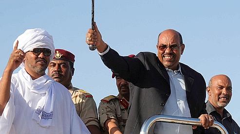 Omar al-Bachir est le premier chef d\'Etat contre lequel la Cour pénale internationale (CPI) a émis mercredi un mandat d\'arrêt.