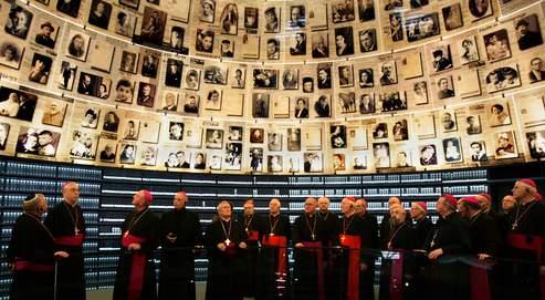 En 2007, des évêques allemands se sont rendus à Yad Vashem. Le Pape fera de même lors de son pèlerinage.