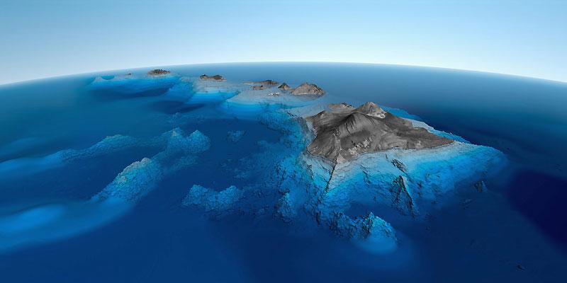 Cet extraordinaire cliché du Parc national des volcans hawaïens est visible depuis mardi dernier (et le restera jusqu'au 7 mai prochain) sur les grilles de l'Unesco, à Paris, dans le cadre d'une exposition sur les merveilles de la Terre, tel qu'il est désormais possible de les photographier par satellite. Un angle de vue stupéfiant, qui permet de comprendre comment ces îles se sont formées depuis 70 millions d'années, au fil des éruptions des six volcans qui les composent. Deux d'entre eux sont d'ailleurs toujours actifs, et l'un est encore sous-marin ; situé à 961 mètres au-dessous du niveau de la mer, il ne devrait pas émerger avant 250 000 ans.