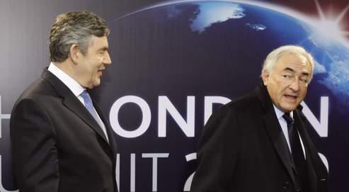 Dominique Strauss-Kahn (à droite) estime que les annonces faites jeudi à Londres représentent «le plus grand plan de relance coordonné jamais créé).