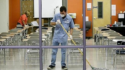Au Texas, les salles de classe sont soigneusement nettoyées. Crédits photo : AP