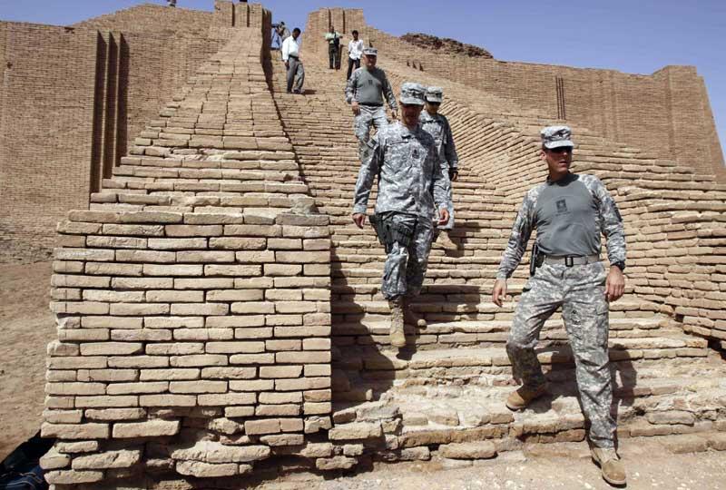 L'armée américaine a remis aujourd'hui aux autorités irakiennes la garde du site archéologique d'Ur, fermé au public depuis 2003 et datant de l'époque babylonienne.