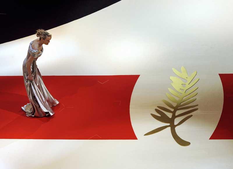 Ouverture officielle hier soir du 62ème Festival du Film à Cannes. L'actrice et membre du jury Robin Wright Penn avant la montée des marches hier soir.