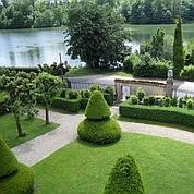 Le petit jardin à la française du château de Rouillon en Seine-et-Marne (G.Illusion/Escudier)