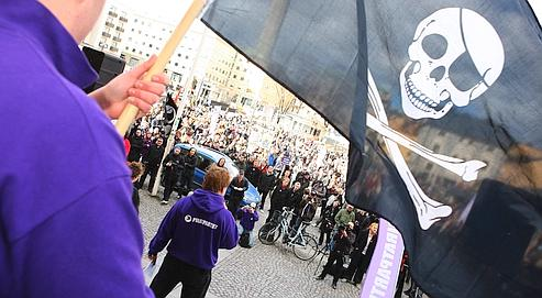 Des sympathisants du site The Pirate Bay, le 18 avril dernier, lors d'un meeting à Stockholm.