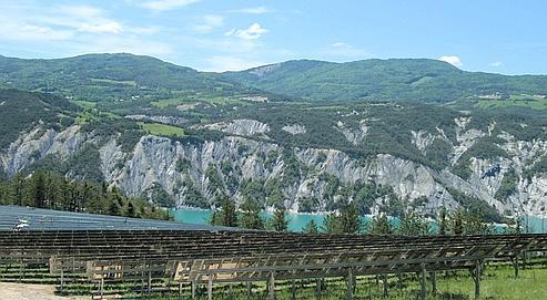 La ferme solaire de Lauzet-Ubaye, dans les Alpes-de-Haute-Provence, affichera une puissance maximale de 5 mégawatts.