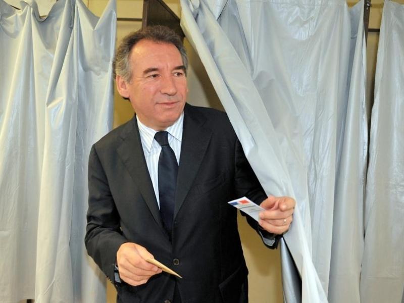 http://www.lefigaro.fr/medias/2009/06/07/20090607PHOWWW00018.jpg
