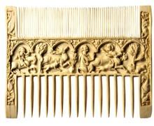 Peigne en bois,XIe-XIIe siècle. (DR)