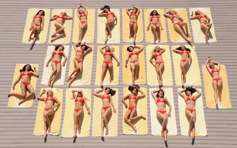 A Palma de Majorque, des top models allemands prennent la pose pour l'édition estivale d'un magazine Outre-Rhin.