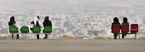 La soci�t� iranienne, <br/>en qu�te d'une nouvelle voie<br/>