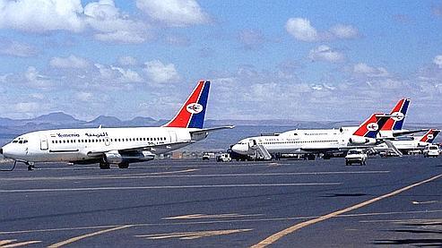 Des A 310 de la compagnie Yemenia, en 2001