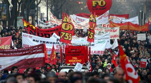 L'explosion des manifestations à Paris Le Figaro 03-07-09 dans Manifestations a5138a70-6804-11de-a804-cef0ce95d318