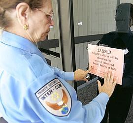 En Californie, les services de police réduisent leurs plages horaires pour combler le déficit.