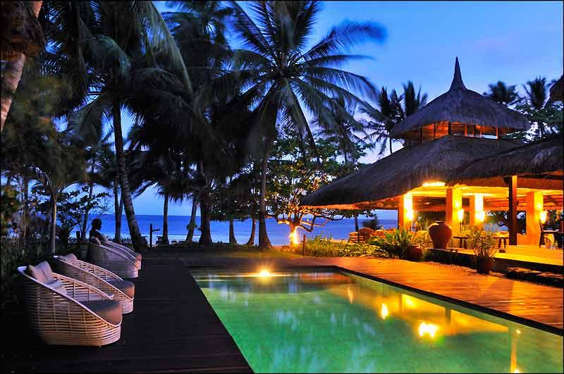La piscine de l'Ananyana sur la presqu'île de Panglao... L'une des rares adresses à la fois intimes et élégantes des Philippines.