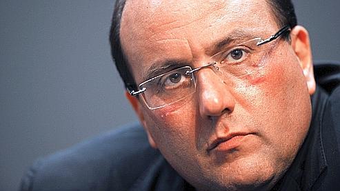 Sur les trois dernières années, le député a dépensé 2 087 678 euros, alors qu'il n'a touché que 1 631 417 euros.