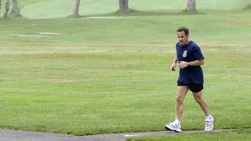 Nicolas Sarkozy lors d'une séance de footing, le 9 juin 2008.
