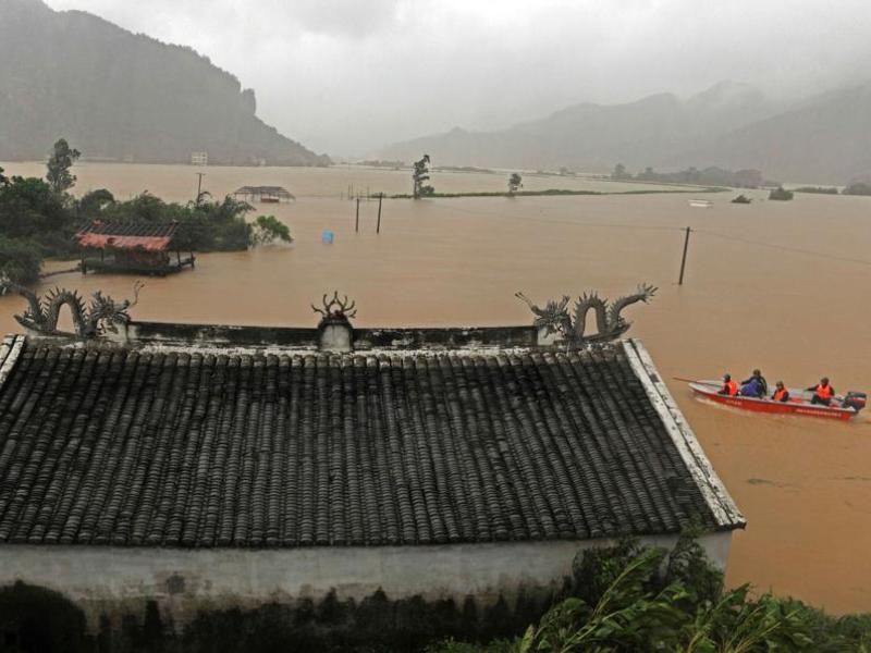 Même devenu une tempête tropicale, Morakot devrait continuer d'entrainer des pluies torrentielles. 90 millimètres de pluie par heure, sont attendus lundi à Shanghai, au Zhejiang (photo) et dans les deux autres provinces côtières de l'est, Jiangsu et Shandong, ainsi que dans l'Anhui voisin.