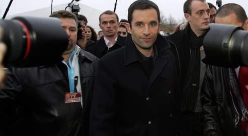 L'unique engagement de Benoît Hamon dns l'armée sera son service militaire, qu'il effectuera au 3e Rima à Fréjus.