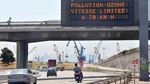 Pics d'ozone : limiter sa vitesse, une mesure inutile ? 55cecc10-8cc4-11de-a228-8c3293bc0b7a