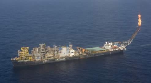 Le Brésil se lance dans le forage pétrolier en eaux profondes