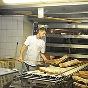 La baguette à l'ancienne de chez Cardi (Photo Denis Bourges).