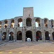 Les arènes d'Arles qui ont inspiré ses Arlésiennes et ses matadors (C.Duranti)