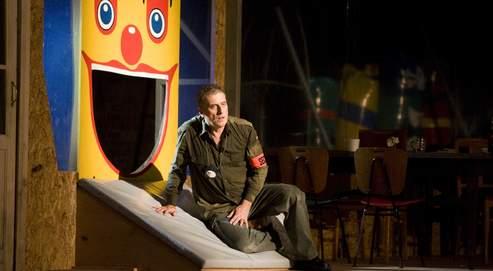 Vincent Le Texier en haut de l'affiche