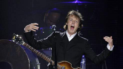 Paul McCartney lors d'un concert à New York, en juillet.